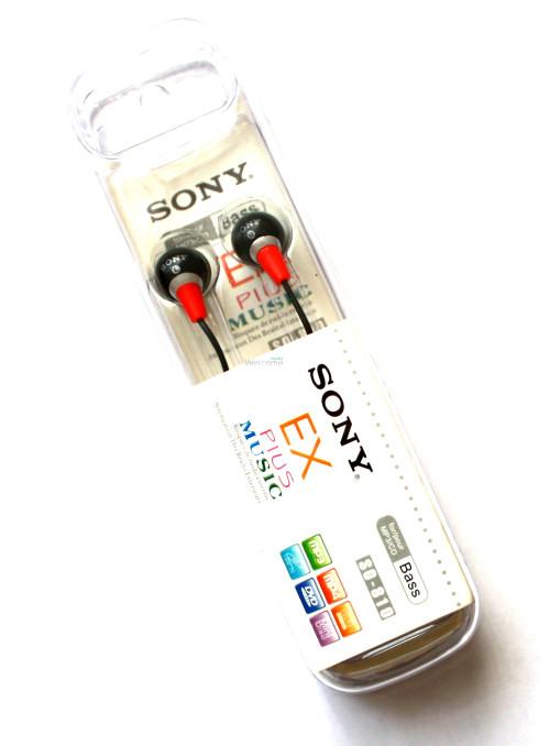 Наушники вакуумные Sony EX Plus Musik SO-810 black,red