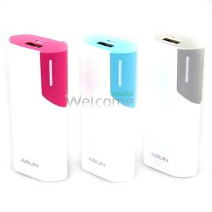Внешний аккумулятор (power bank) ARUN Y38 5600mAh white-pink